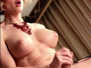 Аппетитные трансы порно