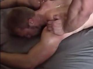 Блондинка трансексуал трахает гея