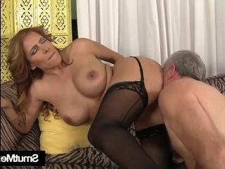 Порно самых толстых зрелых трансвеститов бесплатно