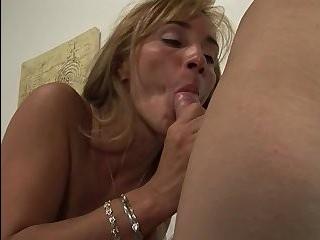 Трансы массаж видео порно