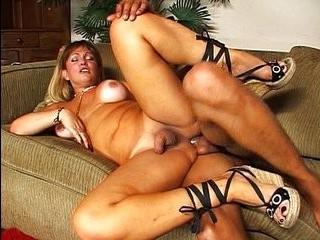Порно трансы онлайн порно сок