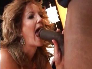 Порно трансвеститов на порно лабе