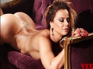 Порно видео с трансвеститом ренато араужо