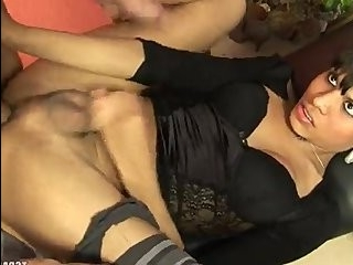 Порно 2транса и одна девушка видео