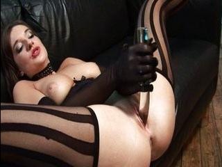 Порно два трансвистита в чулках