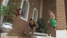 Скачать ролики бесплатно парни сосут у трансов