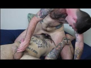 Порно парней с трансами для мобильного