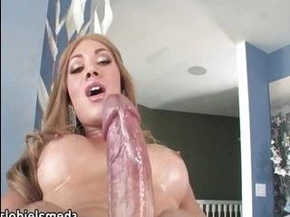 Мия порно трансы