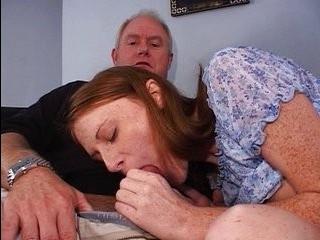 Смотреть как трансуалка ебет беременную женщину про лесби