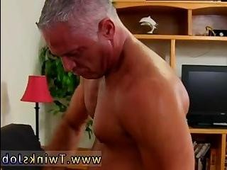 Порно два пениса трансвестит