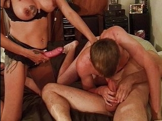 Порно фильм трансексуальные отношения
