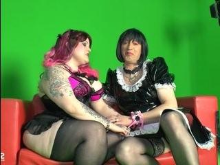Порно с трансами германии