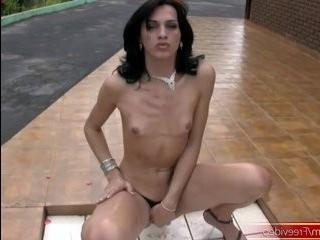 Порно полнометражное трансы