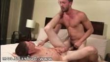 Русское порно красивый трансик и красивый гей сосут
