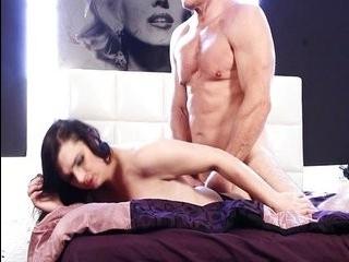 Порно с мускулистыми трансами