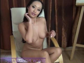 Азиатские трансики с большими пенисамы дрочат