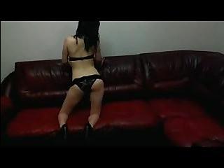 Выпуклая попка транса порно