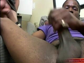 Секс трансы орал нгритянки фото 803-969